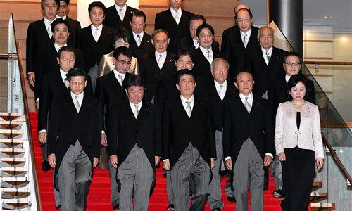 安倍晋三再次当选日本首相